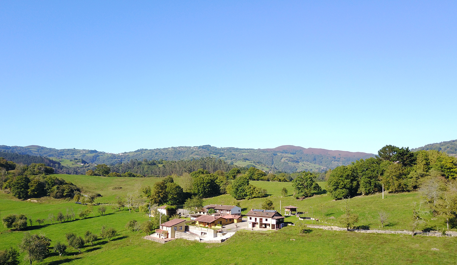 Darf's ein Dorf sein? Grüner Tourismus in den sanften Hügeln Asturiens
