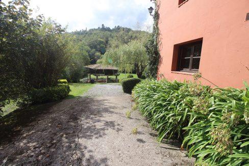 4912 casa tradicional venta Villaverde house for sale mountain views near Villaviciosa asturias northern spain