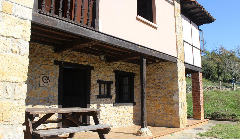 7505 El Mortorio Asturias pueblo entero vistas montanas whole village mountain view terraza