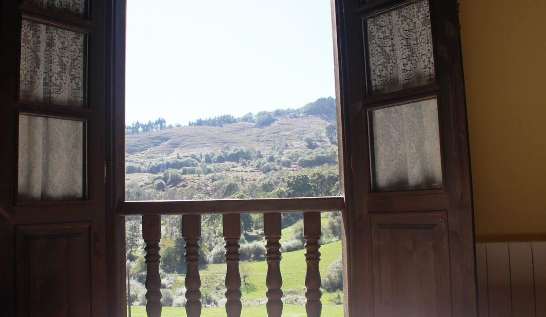 7507 El Mortorio Asturias pueblo entero vistas montanas whole village mountain view ormitorio bedroom