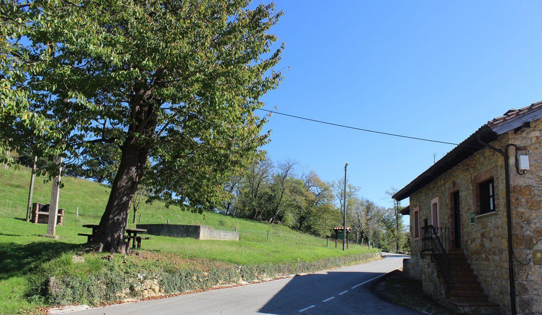7541 El Mortorio Asturias pueblo entero vistas montanas whole village mountain view parque