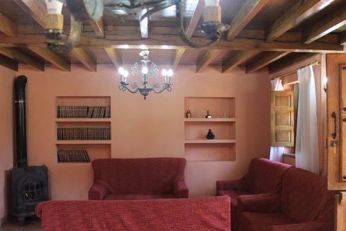 7598 El Mortorio Asturias pueblo entero vistas montanas whole village mountain view salon chimenea fireplace lounge