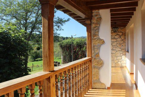 7609 El Mortorio Asturias pueblo entero vistas montanas whole village mountain view balcon