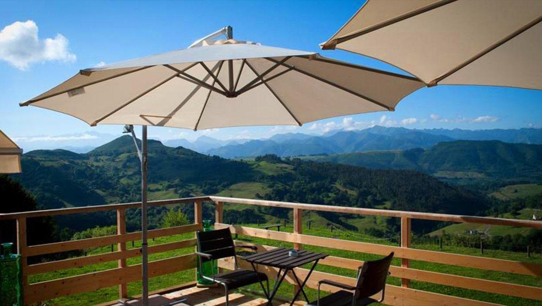 3_Hotel Amada Carlota venta vistas montana holiday hotel for sale asturias northern spain_terraza (1280x768)