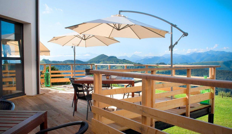 4_Hotel Amada Carlota venta vistas montana holiday hotel for sale asturias northern spain_terraza (1280x768)