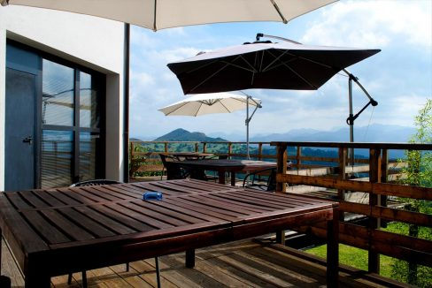 6_Hotel Amada Carlota venta vistas montana holiday hotel for sale asturias northern spain_terraza (1280x768)