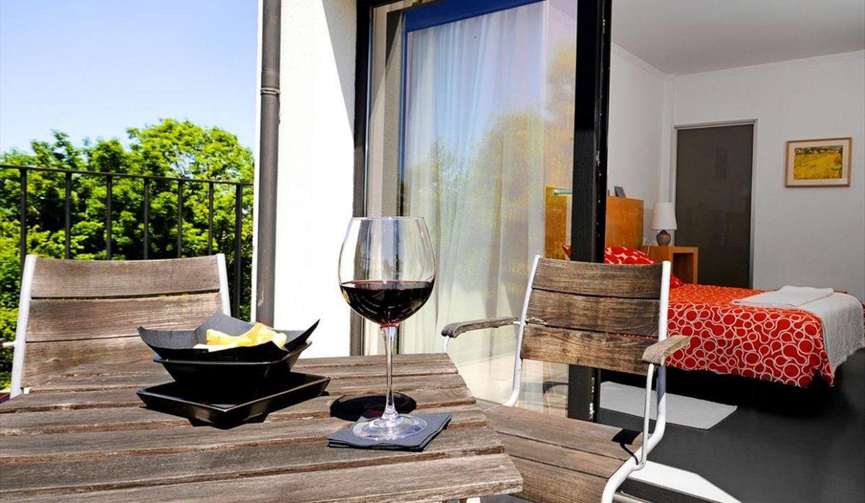 9_Hotel Amada Carlota venta vistas montana holiday hotel for sale asturias northern spain_terraza red (1280x768)