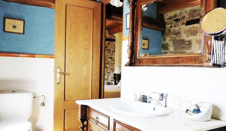 Baño 1 casa hotel posada real prado mayor piedra stone hotel business negocio Burgos Santander (1280x768) - Kopie
