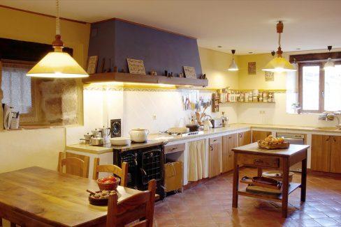 Cocina casa hotel posada real prado mayor piedra stone hotel business negocio Burgos Santander (1280x768) - Kopie