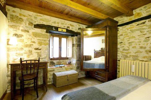 Habitación 1 casa hotel posada real prado mayor piedra stone hotel business negocio Burgos Santander (1280x768) - Kopie