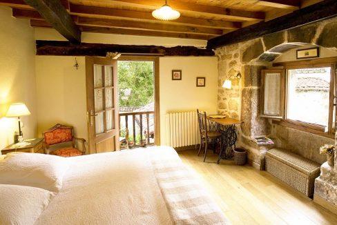 Habitación 2 casa hotel posada real prado mayor piedra stone hotel business negocio Burgos Santander (1280x768) - Kopie