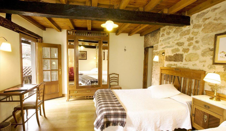 Habitación 3 casa hotel posada real prado mayor piedra stone hotel business negocio Burgos Santander (1280x768) - Kopie