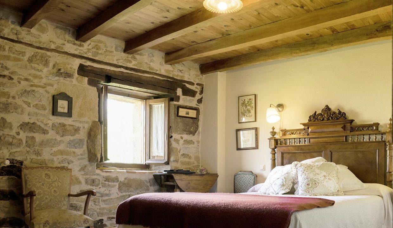 Habitación 6 casa hotel posada real prado mayor piedra stone hotel business negocio Burgos Santander (1280x768) - Kopie