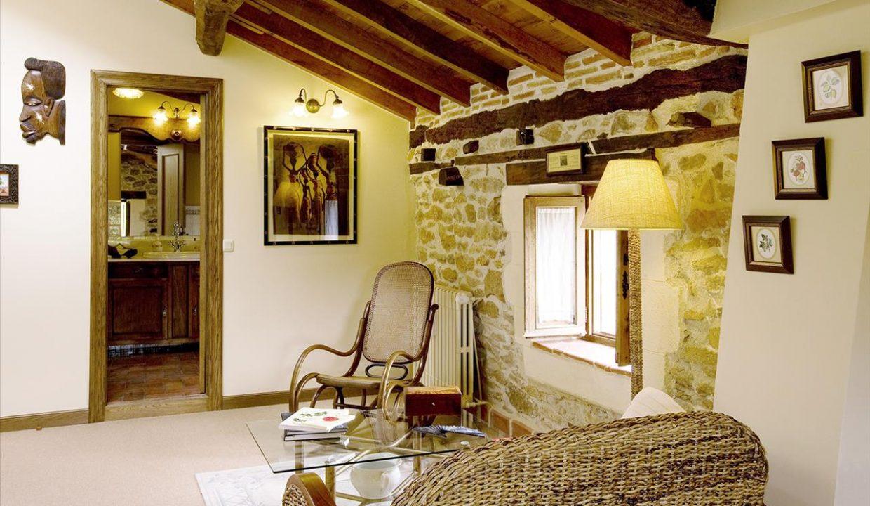 Suite A2 casa hotel posada real prado mayor piedra stone hotel business negocio Burgos Santander (1280x768)