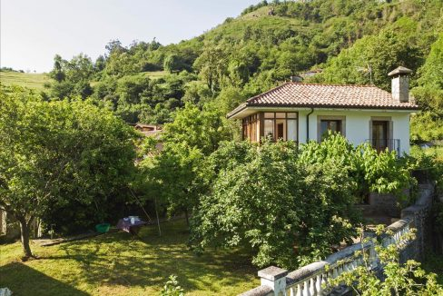 1180 casa piedra tradicional venta stone house for sale vistas montana mountain views near cangas de onis asturias northern spain