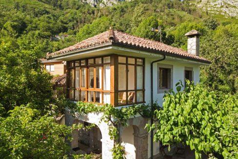 1188 casa piedra tradicional venta stone house for sale vistas montana mountain views near cangas de onis asturias northern spain