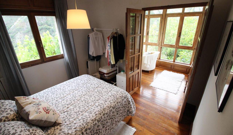 3693 casa piedra tradicional venta stone house for sale vistas montana mountain views near cangas de onis asturias northern spain dormitorio