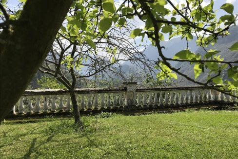 JAD8RfeQ casa piedra tradicional venta stone house for sale vistas montana mountain views near cangas de onis asturias northern spain